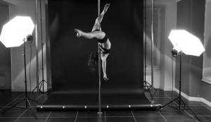 Cecile-Pole-Dance-Melun-2