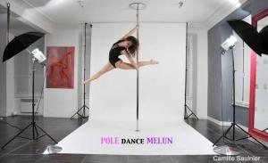 Cecile-Pole-Dance-Melun