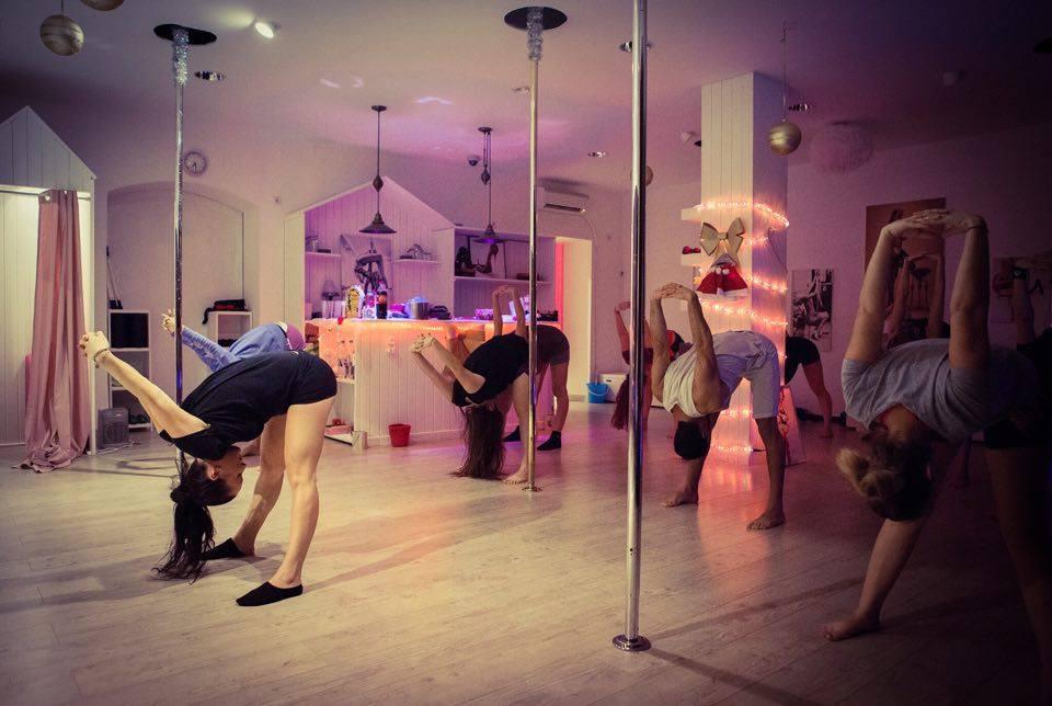 pole dance 69400