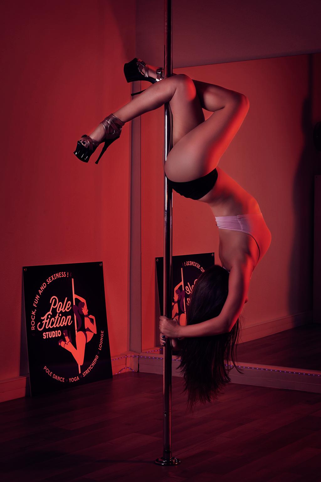 Pole-Shoot-Secretary-Pole-Fiction-Studio-min
