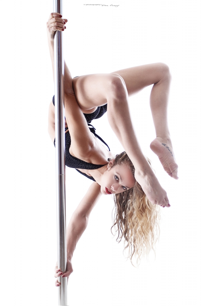Interview Laura, Crazy Pole Studio photo